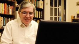El Dr. Marco Alfaro, profesor del Curso de Geoestadística y Estimación de Recursos